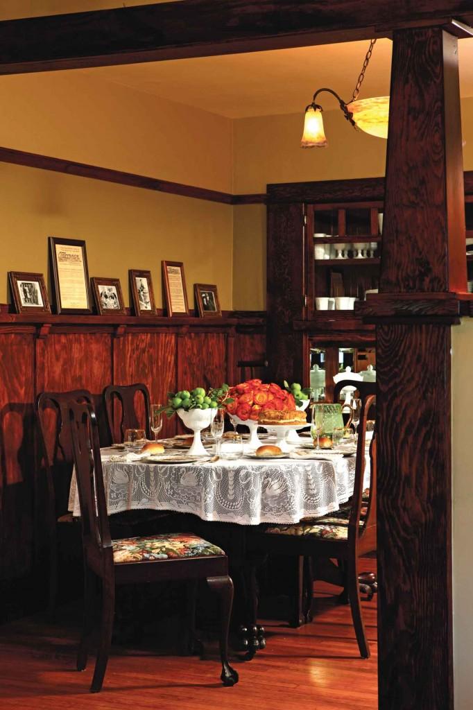 circa 1920 Queen Anne table