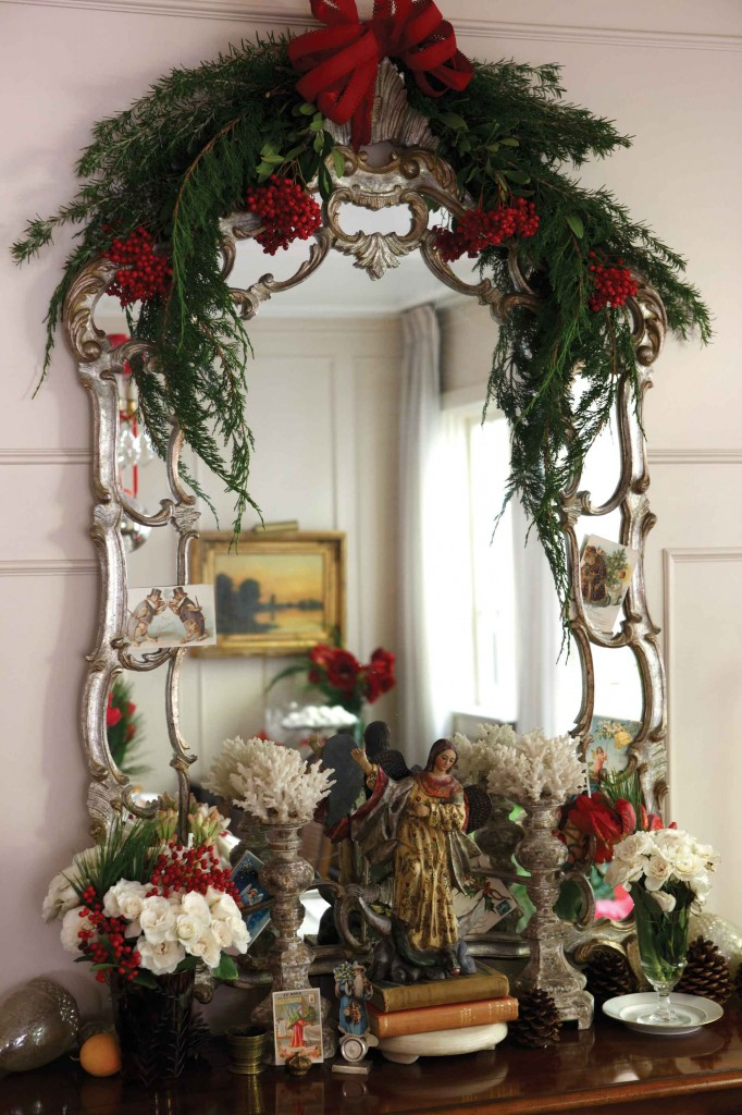 Mirror Decoration
