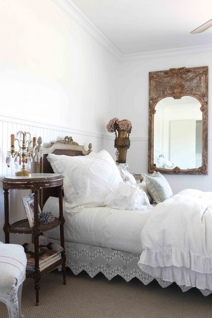 how to create a cottage bedroom cottage bedroom