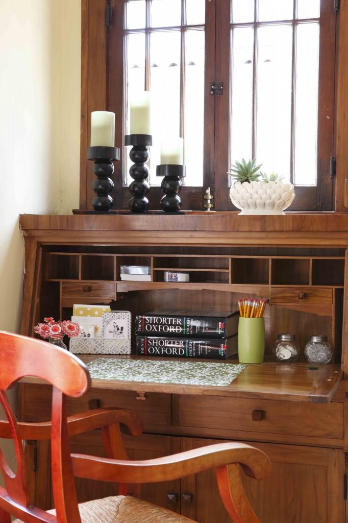 Historical Cottage Furniture