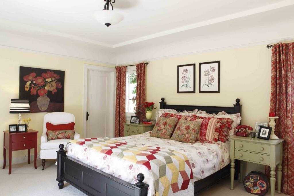 Historical Cottage Bedroom