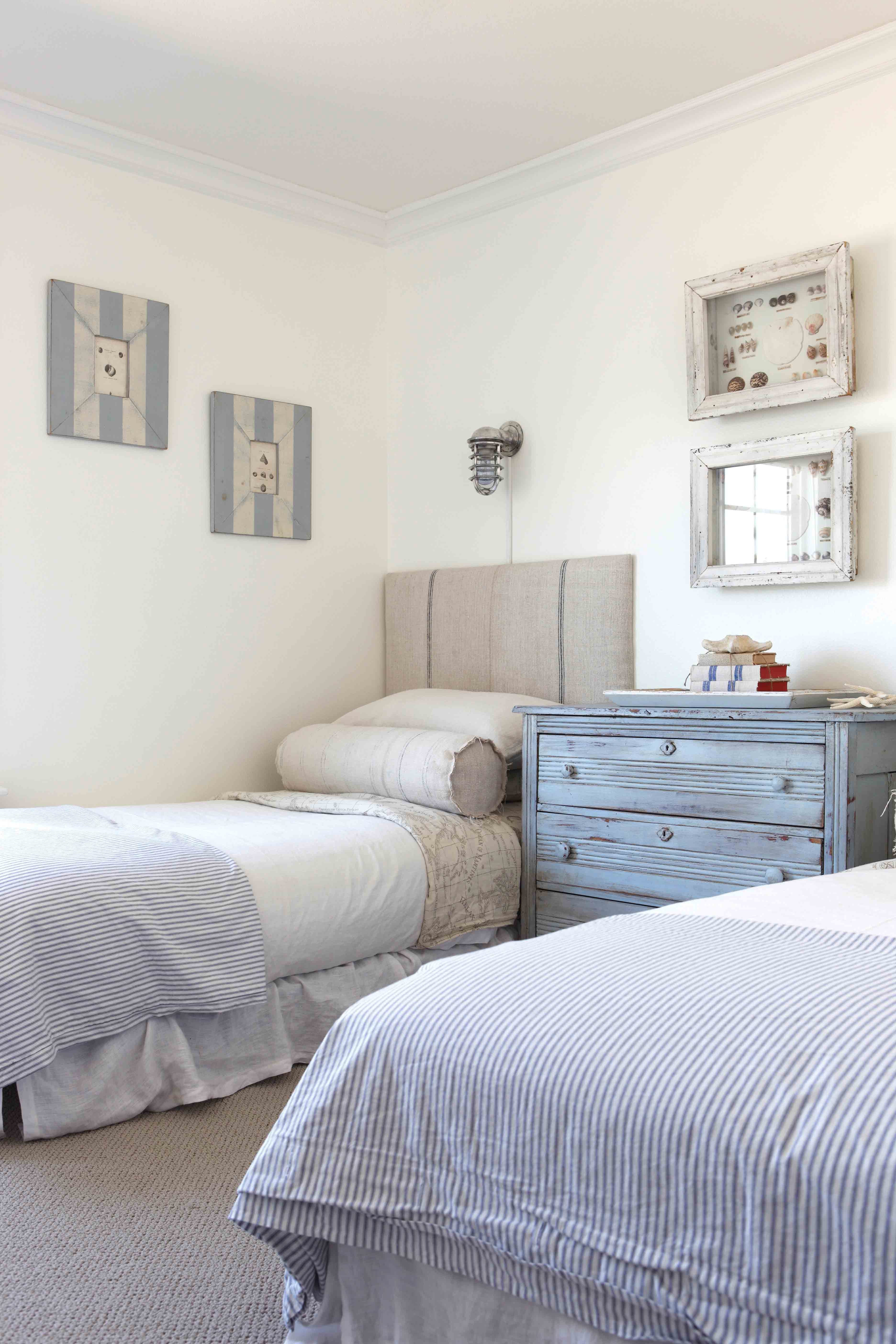 Twin Beds Cottage Style Decorating Renovating And Entertaining Ideas For Indoors And Out