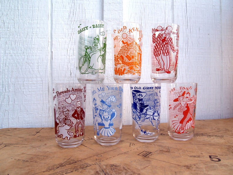 set of 6 Hazel Atlas Novelty Musical Drinking Glasses