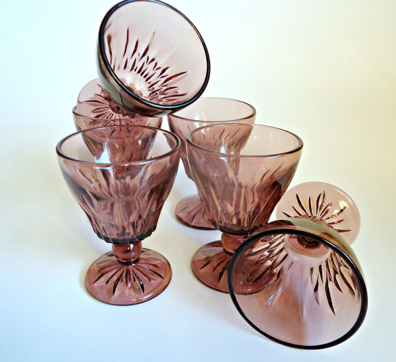 6 Moroccan Amethyst Goblets Juice Glass Hazel Atlas Glass from the 1960's