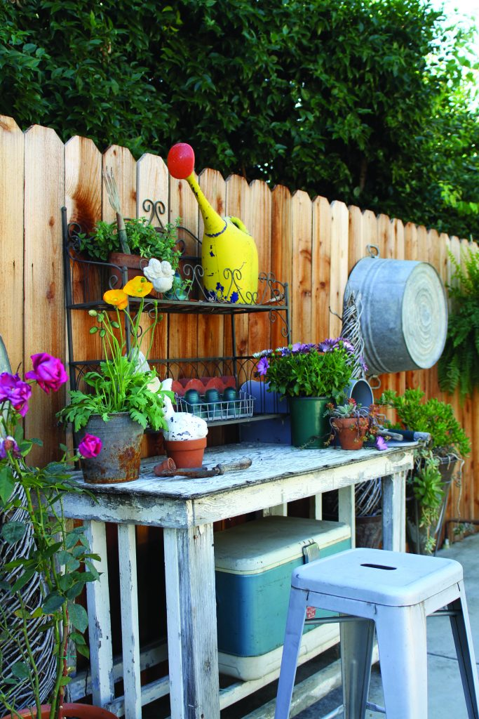 Cozy Garden Potting Shed