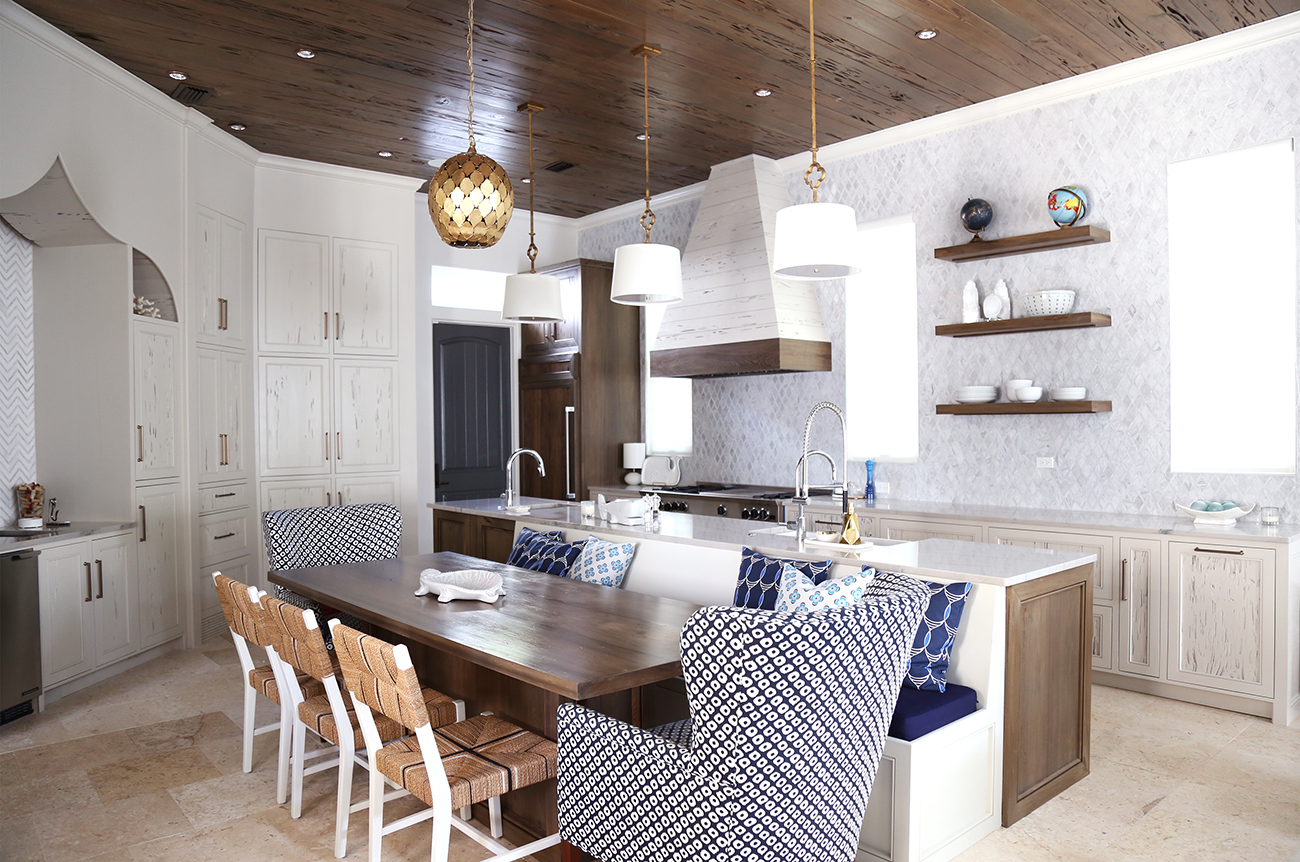 Kitchen Makeover Luxe Looks With Old World Charm Cottage Style Decorating Renovating And Entertaining Ideas For Indoors And Out