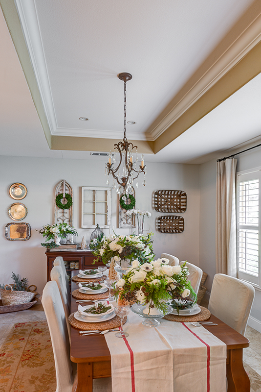 Jodi Kammerer's farmstyle holiday table