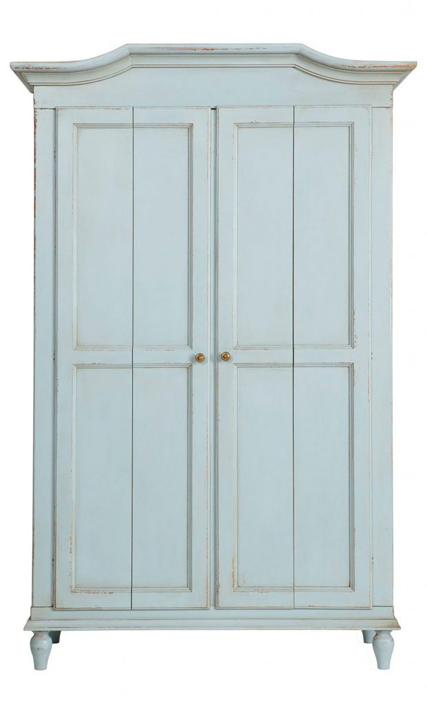 The Armoire Cottage Style Decorating Renovating And Entertaining Ideas For Indoors And Out