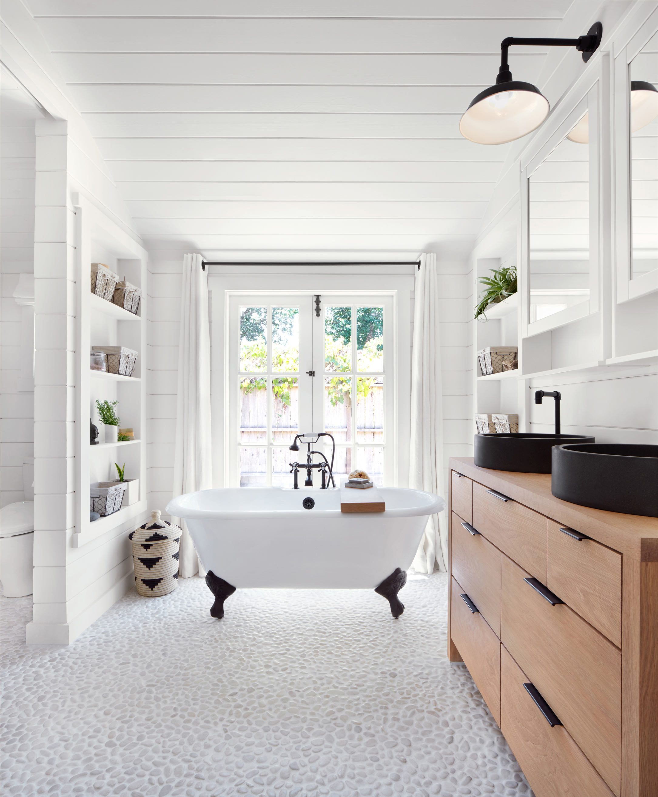 a guide to clawfoot bathtubs - cottage style decorating, renovating and entertaining ideas for