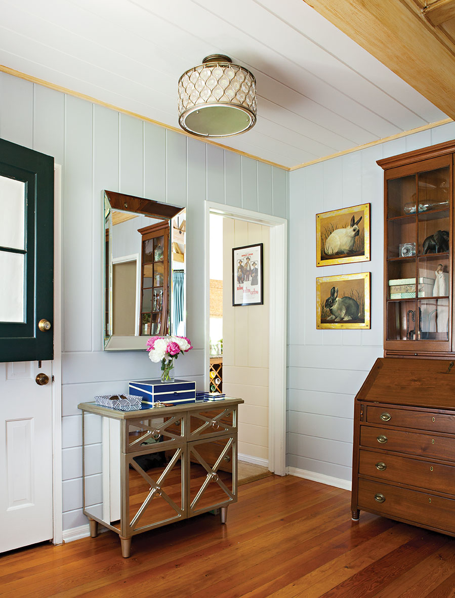 House Tour A 1940s Cottage With A Modern Traditional Mix Cottage Style Decorating Renovating And Entertaining Ideas For Indoors And Out