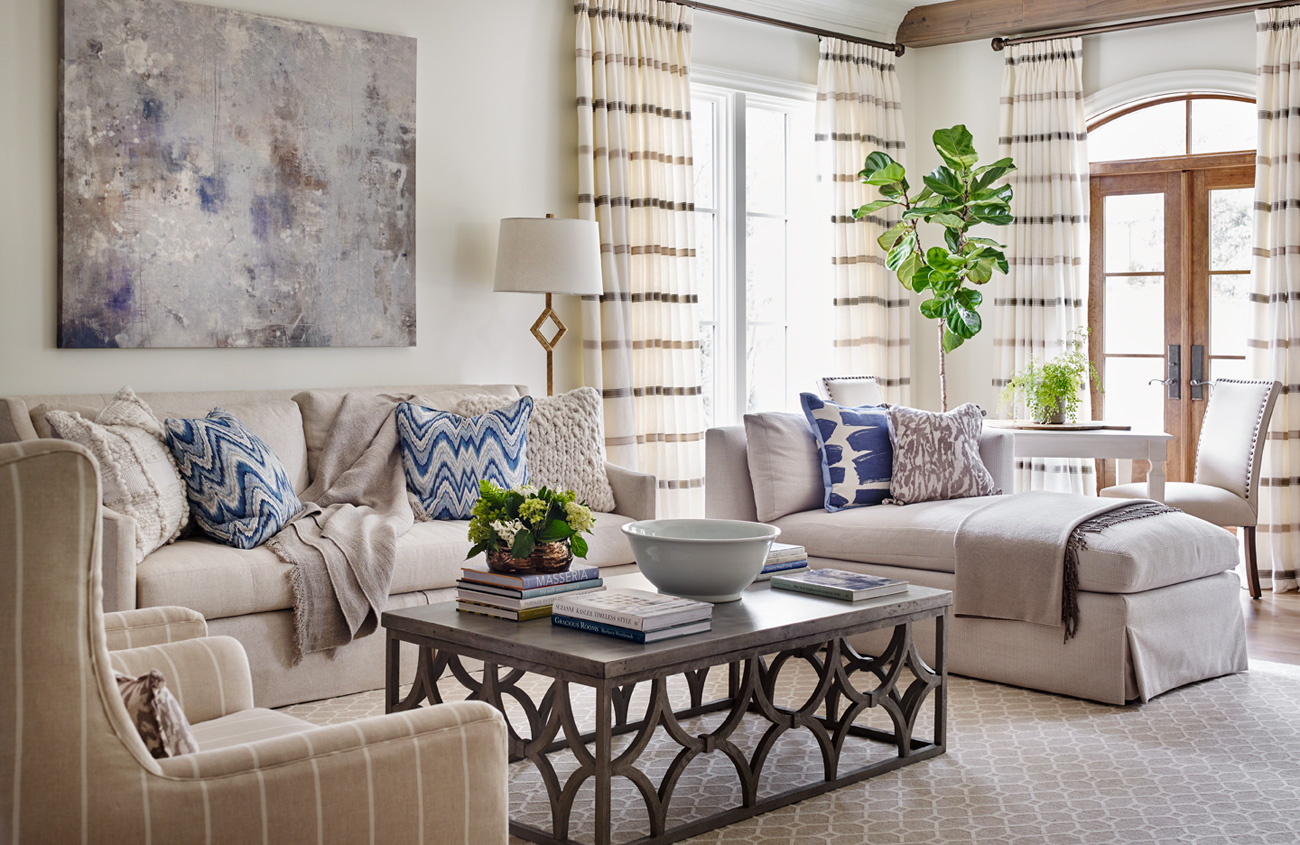 house tour southern tradition meets modern comfort cottage style rh cottagesandbungalowsmag com