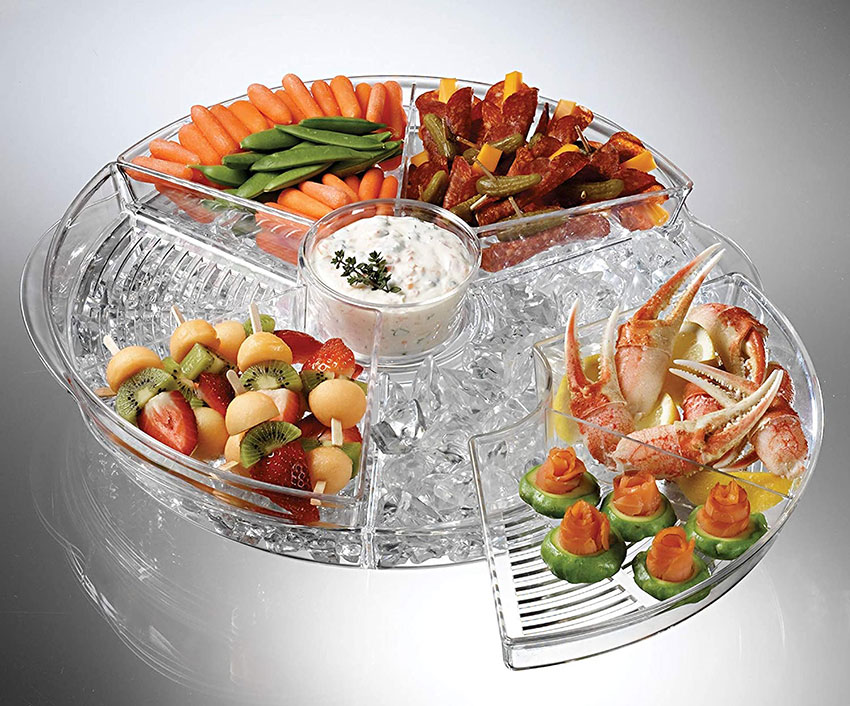 Food trays are summer bbq necessities. This clear plastic appetizer tray with 4 compartments each with a seperate lid. The circluar tray cotains a bottom compartment where ice can be placed.