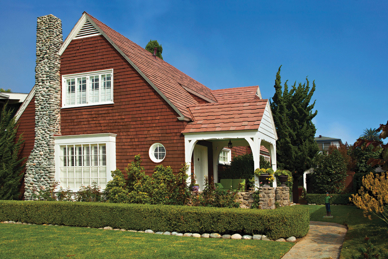 Cape Cod Curb Appeal In Southern California Cottage Style Decorating Renovating And Entertaining Ideas For Indoors And Out