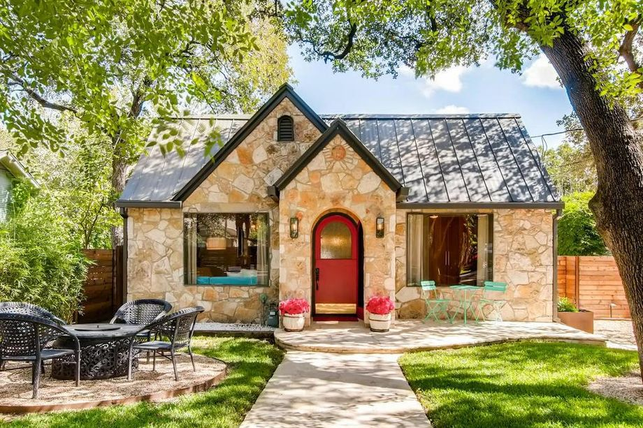 historic austin cottage