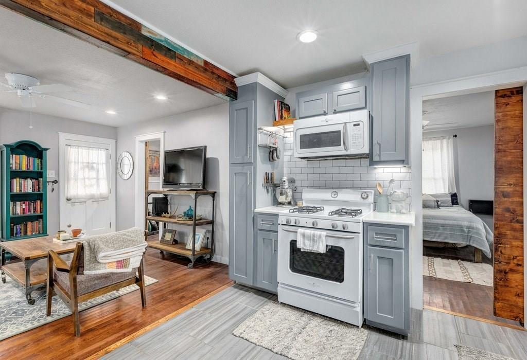 tiny kitchen in austin cottage
