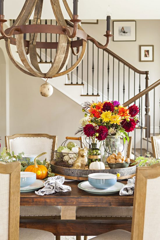 Rustic and color accents come together to create the perfect fall Thanksgiving table.