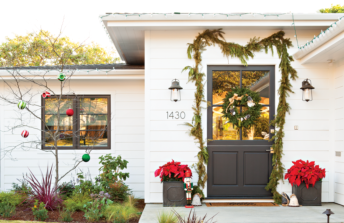 Home Tour Modern Beach Cottage Christmas Cottage Style Decorating Renovating And Entertaining Ideas For Indoors And Out