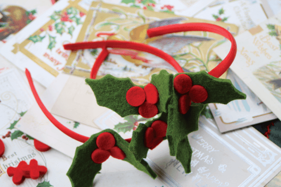 Newest among Lynsey's works are her holly-themed creations. They make perfect gifts that celebrate the long history of Scottish crafting and the simple joys of a handmade holiday.