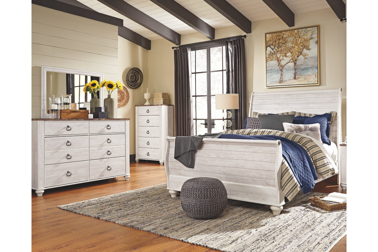 Black Friday deals: Ashely Homestore bedroom set.