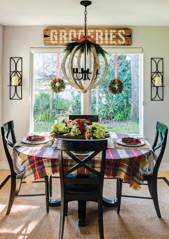 breakfast nook with christmas decor