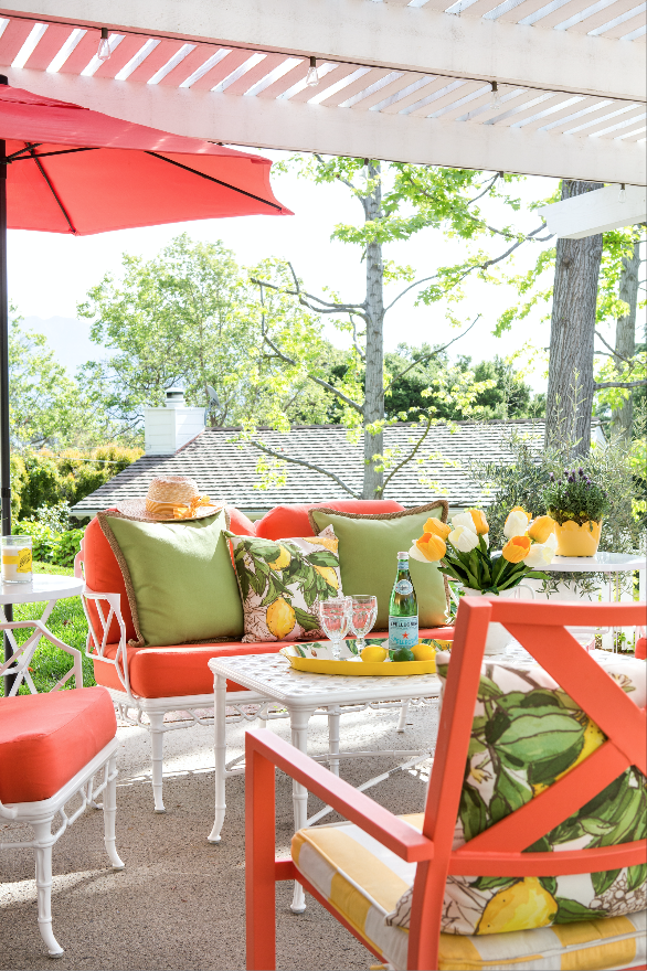 Living Color Patio C Furniture In A Cottage Garden