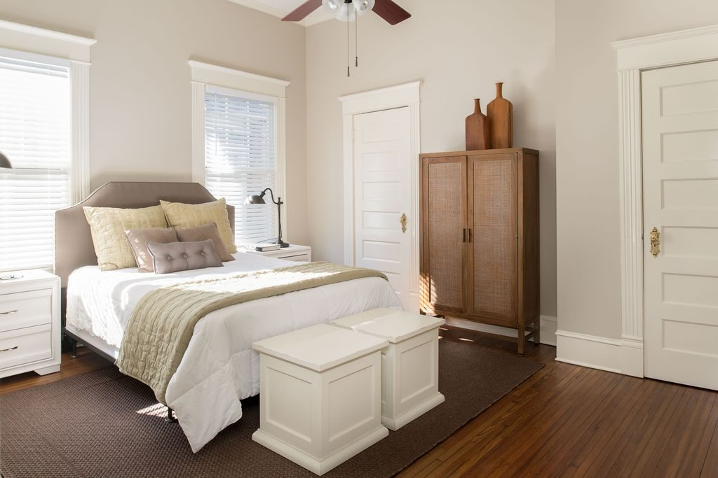 Beautiful neutral bedroom in quaint cottage in Atlanta.