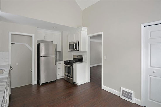 newly remodeled kitchen in grey