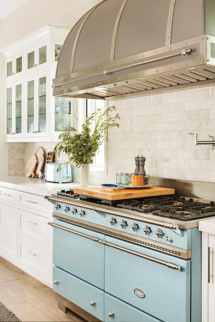 Modern Farmhouse Kitchen stove Delft Blue Lacanche Art Culinaire Sully range