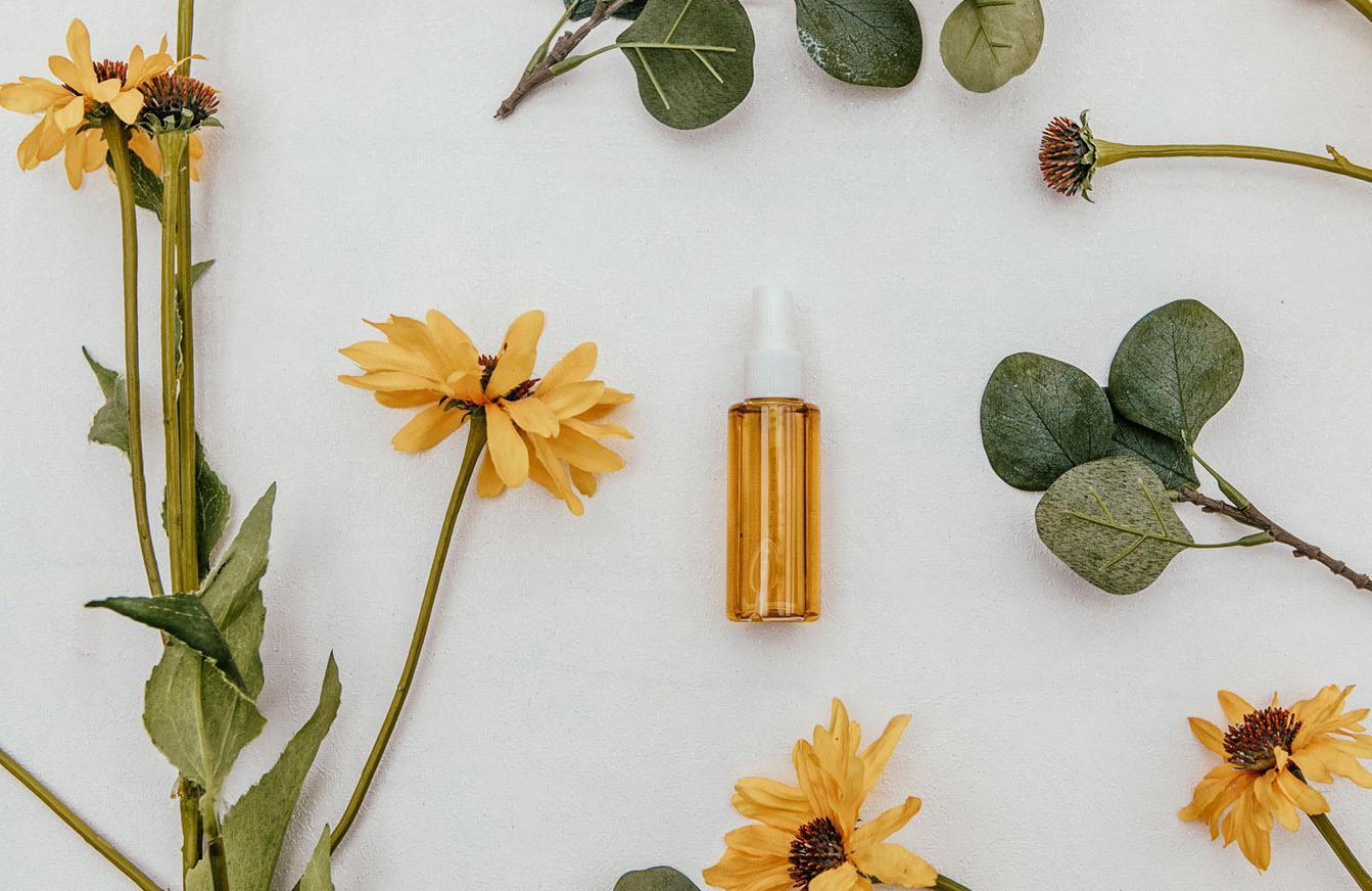 Homemade Aromatherapy Spray - Cottage