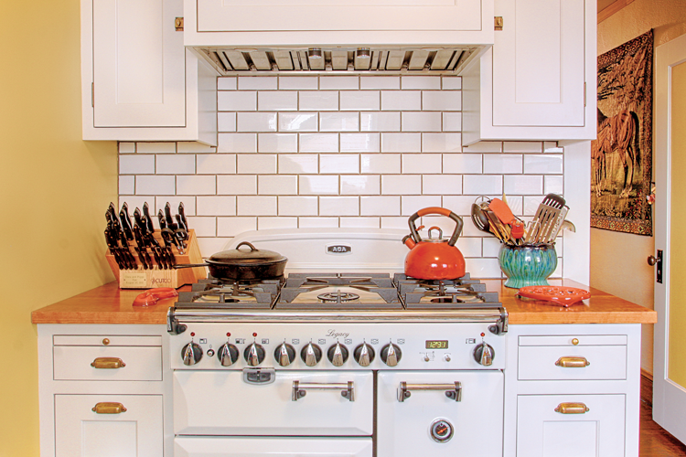 Vintage Restoration Bringing This 1920s Kitchen S Charm Back Cottage Style Decorating Renovating And Entertaining Ideas For Indoors And Out