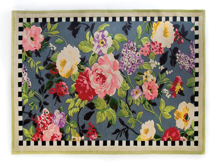 Vintage-style Tudor Rose rug
