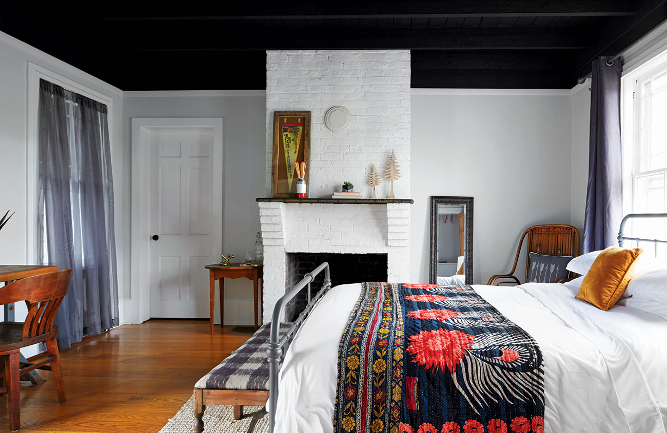 Color Outside The Lines Paint Color Ideas For Every Room Cottage Style Decorating Renovating And Entertaining Ideas For Indoors And Out