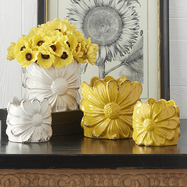 yellow and white daisy shaped cottages style indoor planters